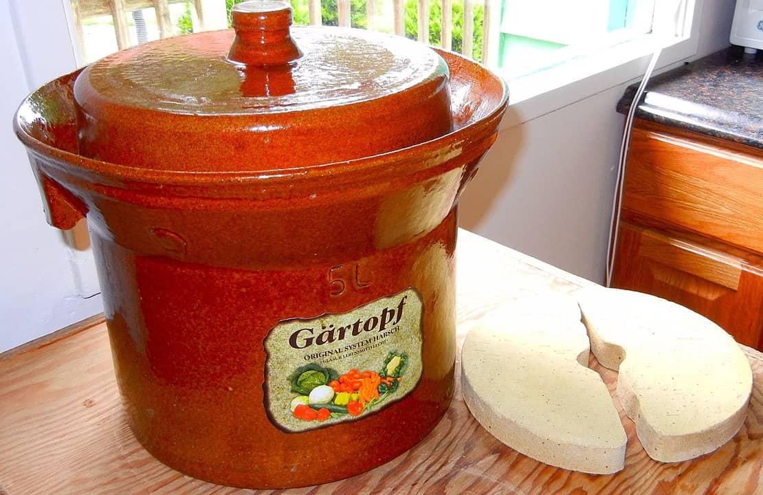 Gärtopf aus Steingut (5 Liter Fassungsvermögen) mit Keramikgewichten